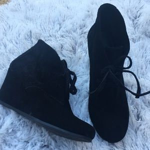 Gianni Bini Black Suede Wedged Booties